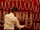 Govt bans export of gold items above 22-carat purity