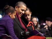 Obama bans daughters from Facebook — and he's right