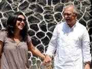 A daughter speaks: My father, Gulzar
