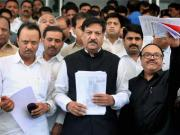 Maharashtra's politicians no better than UP's Assembly thugs