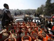 LPG cash subsidy: How oil cos will pay for UPA re-election