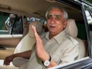 Ignore the noise: Modi is right to snub Advani, Jaswant