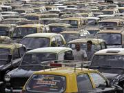 Monday mayhem: Traffic snarls in Delhi as protesting taxi drivers take to roads