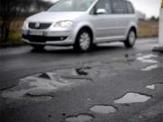 Killer potholes of India: Civic bodies should have to pay up for the deaths they cause