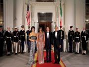 Obama hosts his final state dinner, describes moment with Italian PM Renzi as 'bittersweet'