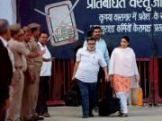 Aarushi-Hemraj murder case: Nupur and Rajesh Talwars in Punjab after leaving Dasna jail, might go to Golden Temple