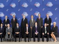 G7 vows to fight debt, but steers clear of specifics