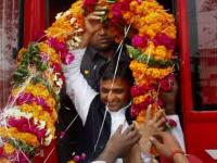 Akhilesh goes into Metro mode for UP cities