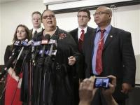 Chicago mayor, teachers move to end strike with tentative deal