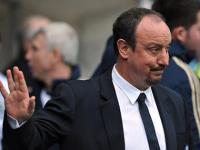 Benitez lashes out at fans, says he will quit Chelsea