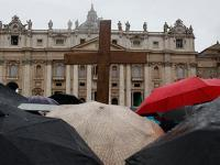 Live: Argentinian Jorge Bergoglio elected pope, takes name Pope Francis