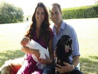 Photos: Prince George poses for his first family picture