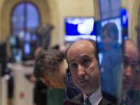 Wall Street rebounds with Pfizer and the Fed; Apple sinks