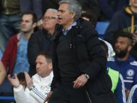 Mourinho and his classic reaction after Sunderland defeat