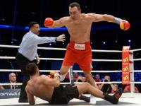 Boxing: Dominant Klitschko knocks out Pulev to retain IBF heavyweight crown