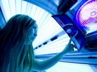 Australia bans commercial sunbeds over skin cancer fears
