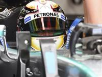 Mercedes dominant as Hamilton claims pole position for F1 Australian GP