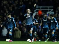 English Premier League: Chelsea maintains 5-point lead as top five all win