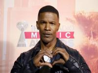 Jamie Foxx criticized by LGBT group for insensitive comments against reality star Bruce Jenner