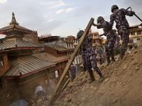 300 personnel, four aircraft, a mobile hospital: What India is doing to help quake-hit Nepal