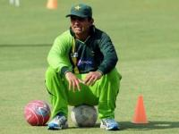 Umar's career destroyed by PCB for non-cricketing reasons: <b>Kamran</b> <b>Akmal</b>