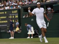 Ruthless Djokovic in way of breathtaking Federer's Wimbledon history bid