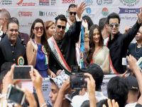 Virendra Sehwag, Parineeti Chopra, <b>Arjun</b> <b>Rampal</b> at 35th India Day Parade in New York