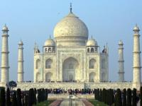 Tourism industry leaders and workers protest Centre's denial of airport in Agra