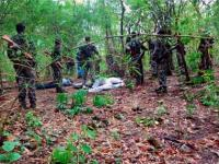 Detained <b>Naxalite</b> commits suicide in police custody, five policemen suspended