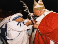 Questions and answers about Mother Teresa and making saints