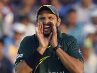 'I expected you to ask such a 'ghatia' question': Miffed Afridi leaves presser after spat with reporter