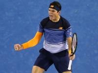 Australian Open: Raonic, too good for Monfils, sets up semi-final clash with Murray