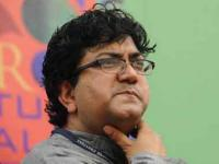 Watch: Prasoon Joshi on why he doesn't support '<b>Sunny</b> <b>Leone</b>'s past profession'