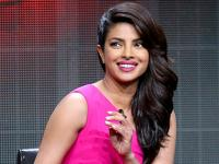 Desi girl on the red carpet: <b>Priyanka</b> <b>Chopra</b> to present an award at Oscars 2016