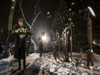 In freezing temperatures, hundreds gather in Lithuania to mark 25th anniversary of Soviet crackdown