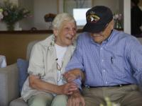US WWII vet reunites with wartime girlfriend in Australia after 70 years