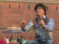 Did you know? Concept of 'Fan' was first narrated to Shah Rukh Khan by <b>Yash</b> <b>Chopra</b>