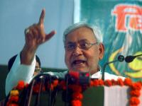 Nitish meets Naidu, seeks inclusion of Patna in Smart City Mission