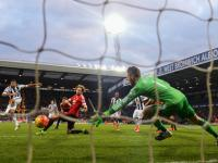 Premier League roundup: With 10 men, Manchester United lose to West Brom, Liverpool manage win
