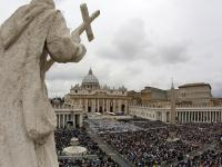 Pope Francis imposes financial oversight on Vatican's bank accounts