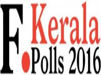 Kerala polls: Chandy rubbishes Saritha's allegations of sexual abuse, Opposition attacks him