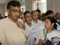 Grand masters make razor-edged moves as <b>West</b> <b>Bengal</b> polls reach endgame