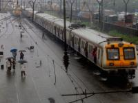 Mumbai: Incessant rains temporarily disrupt train services, heavy showers predicted over 2 days