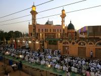 In Al-Nuba, Sudanese villagers risk their lives to offer iftar to strangers