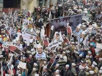 MCD Election 2017 Results: AAP supporters celebrate victory in Yamuna Vihar