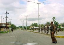 Bomb blast near Imphal, Manipur injures two people