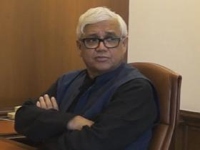 Amitav Ghosh: 'The threat of climate change is real, and it is intensifying'