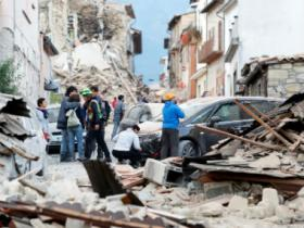 Italy earthquake: Death toll rises to 247 as rescuers search for survivors