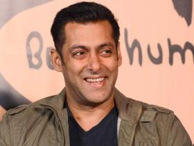 Salman Khan is playing the simpleton (yet again) in Tubelight; how he made it a hit trope