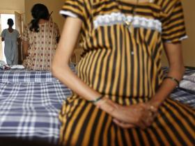 Ban on commercial surrogacy is not a solution, calculated regulation of surrogates is